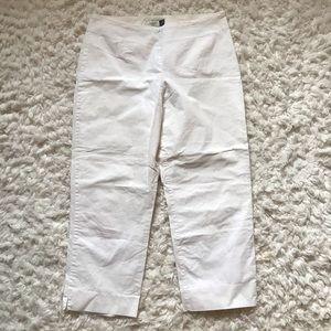 🎄4/$25 Gap Capri Pants